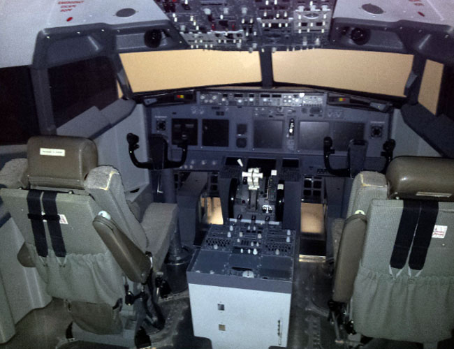 737 Cockpit Overview