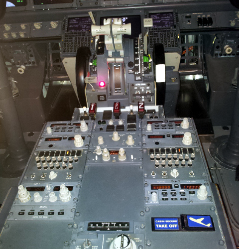 Full motion flight simulator for sale : Anaheim resort rv park