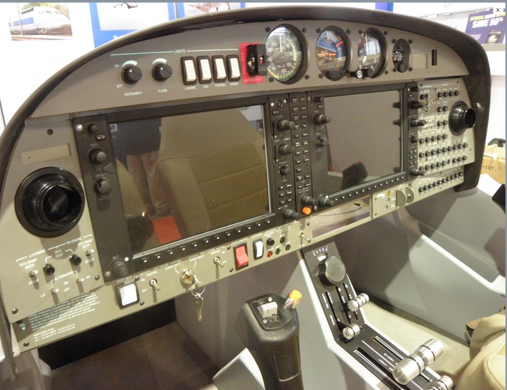 DA42 Glass Cockpit