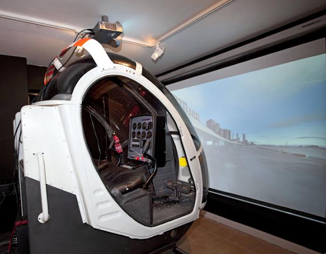 Schweizer 300 Helicopter Flight Simulator